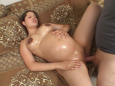 Pregnant Babe likes it Cock Plugging
