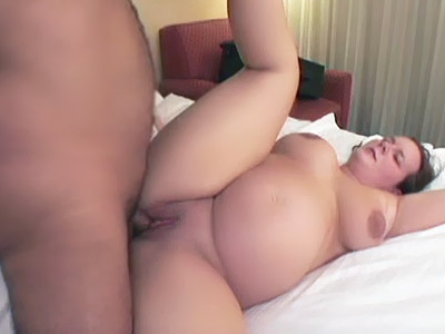Tessa is a pregnant model with a loaded belly and an insatiable appetite for sex She starts by acting sweet in front of the camera and playing with her big round belly A horny guy joins her and made her go down on her knees to pound her pussy from behind